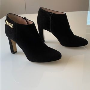 NWOB Kate Spade Black Suede booties with Gold Bow!
